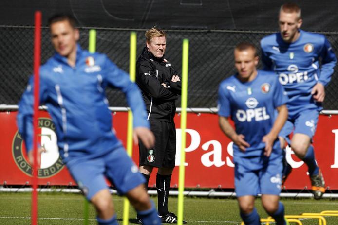 De selectie van Feyenoord tijdens een training.