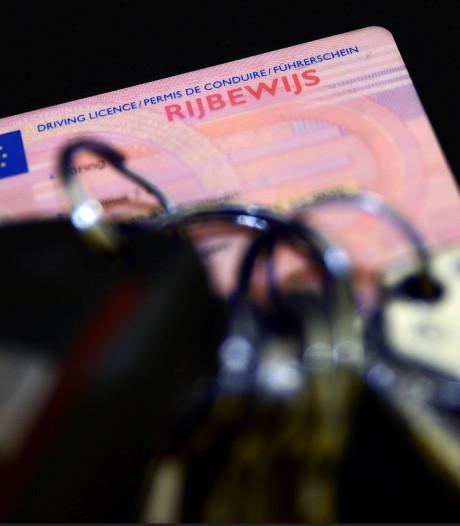 In Bergen op Zoom betrapte man rijdt voor vijfde keer rond zonder rijbewijs