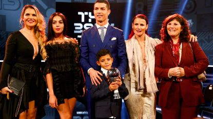 """Zussen Ronaldo schieten met scherp na Ballon d'Or-triomf Modric: """"Dit is wereld waarin wij leven: verrot, met maffia en vuil geld"""""""