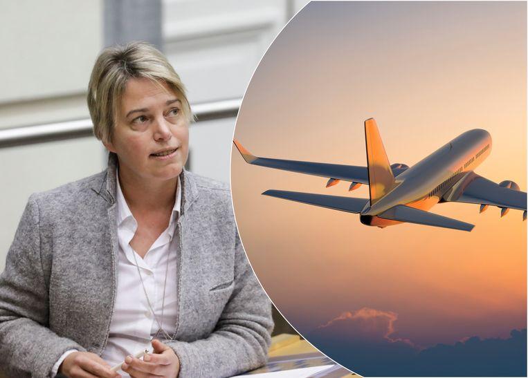 """Joke Schauvliege: """"Spotgoedkoop vliegen is niet verantwoord. We bekijken of we een toeslag op vliegtickets kunnen invoeren."""""""