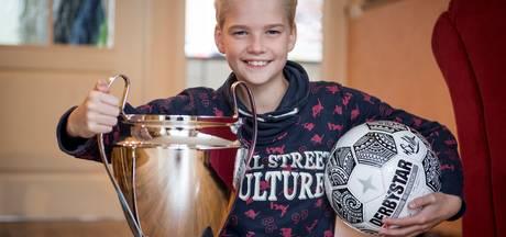Tom (12) werd Overijssels kampioen bal hooghouden dankzij zakjes snoep