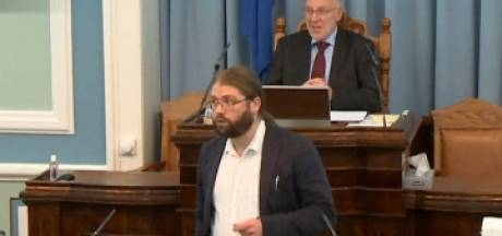 Un député islandais interrompu au Parlement par un tremblement de terre