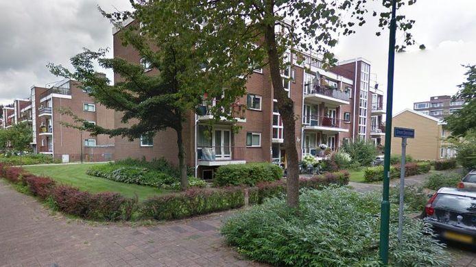Onder meer deze woningen worden gerenoveerd aan de Simon Stevinlaan.