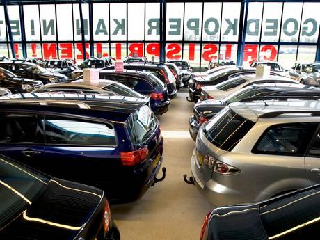 Nieuwe crisis in de maak: autoleningen rijzen de pan uit