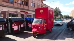 AS Roma levert een pakketje bij hun oudste supporters