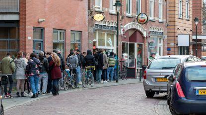 Nederlandse burgemeesters willen tijdelijk afhaalloket voor hasj en cannabis om straathandel tegen te gaan