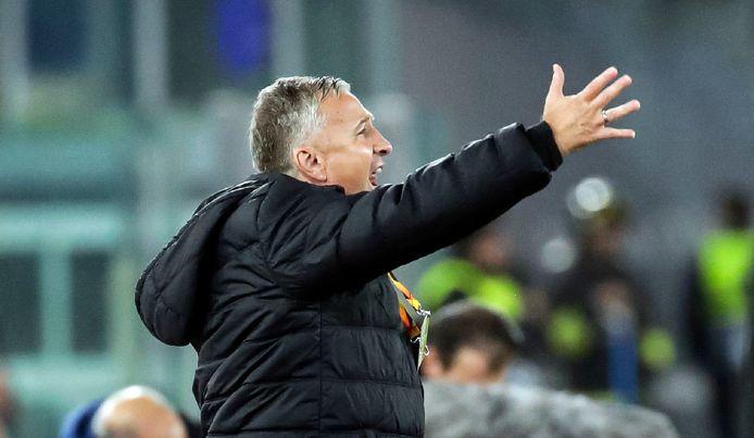 Cluj-coach Dan Petrescu op archiefbeeld.
