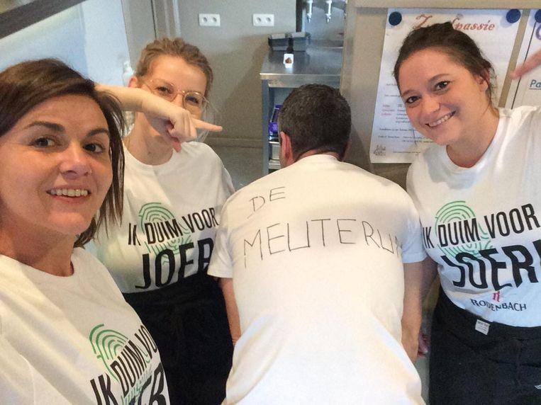 Alle medewerkers dragen dit originele shirt om Joeri te steunen