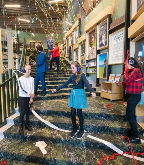 Bibliotheek Alphen eindelijk open: 'Wow, wat een parel'