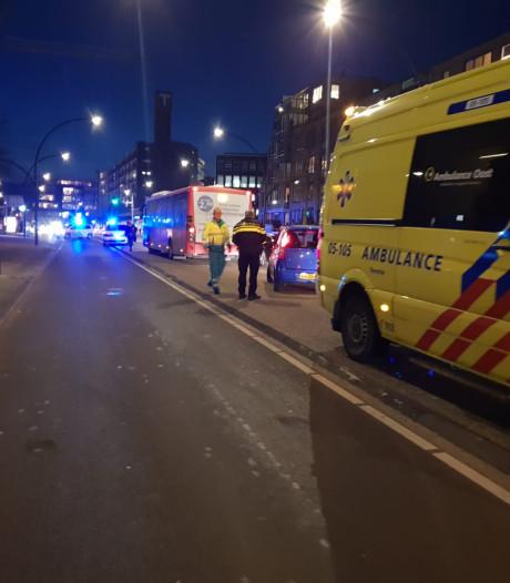 Voetganger gewond na aanrijding met lijnbus in Hengelo