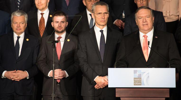 Minister Didier Reynders was voor ons land aanwezig. Naast hem van links naar rechts de Albanese minister van Buitenlandse Zaken Edi Rama, NAVO-secretaris-generaal Jens Stoltenberg en de Amerikaanse minister van BuZa Mike Pompeo.