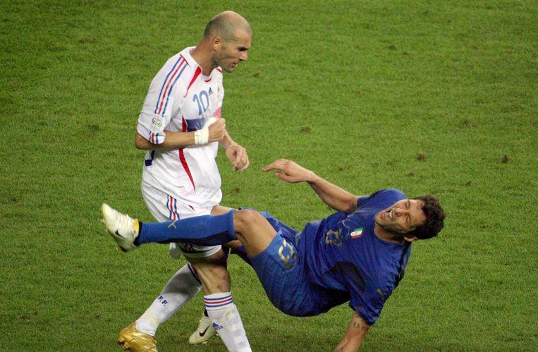 Zinedine Zidane. Foto van zijn wereldberoemde kopstoot tijdens de finale van het WK voetbal in 2006 tegen Italië. Beeld afp