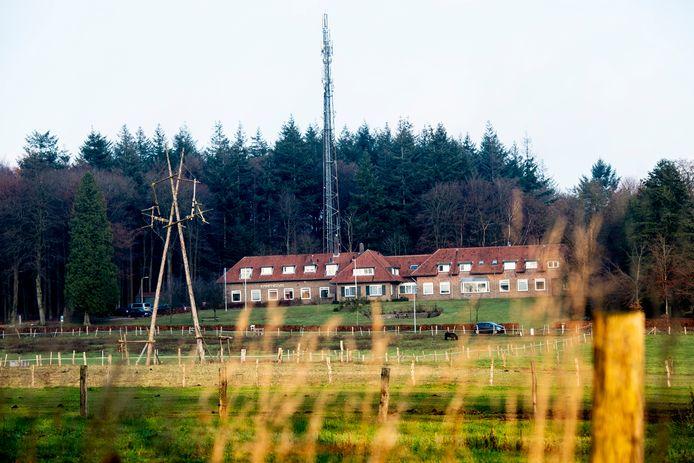 Jeugdzorginstelling de Hoenderloo Groep in de bossen bij Apeldoorn gaat sluiten.