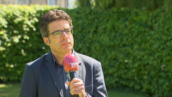 Viroloog Van Gucht in VTM NIEUWS.