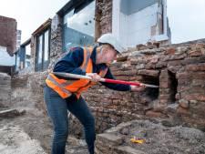 Zeldzaam veel historische muren gevonden bij opgravingen in Harderwijk