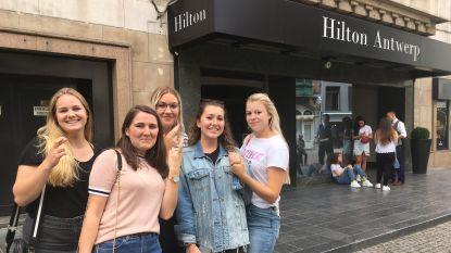 "Bieber-fans troepen samen voor Antwerpse Hilton Hotel: ""Ik heb zelfs al een traantje gelaten"""