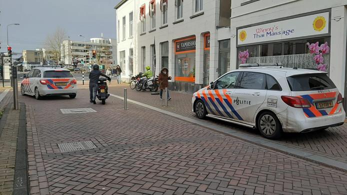 De politie is aanwezig op de Markt.