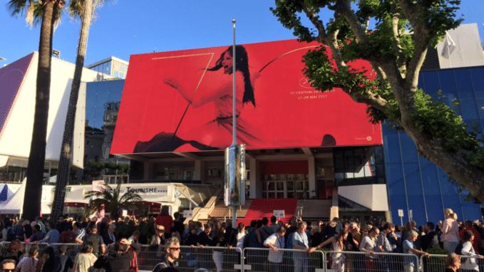 Deel festivalpaleis in Cannes ontruimd na vondst verdacht pakket