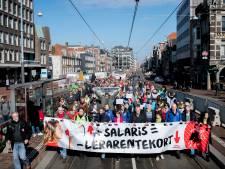 Stakende docenten komen voor manifestatie naar Arnhem