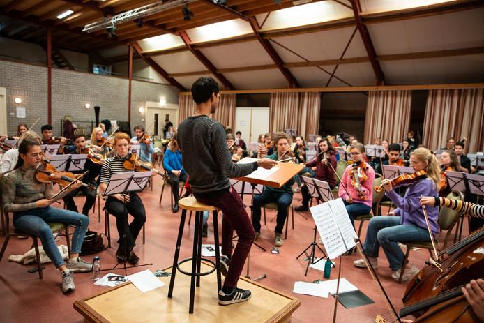 Het NSO tijdens de repetitie in Someren.
