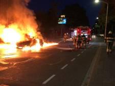 Cabrio begint te branden tijdens het rijden in Boxtel