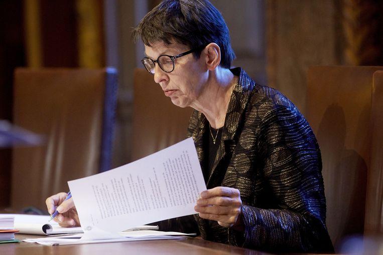 Staatssecretraris Jetta Klijnsma van Sociale Zaken en Werkgelegenheid is in gesprek met gemeenten over het verstrekken van bijstandsuitkeringen onder minder strenge voorwaarden. Beeld anp