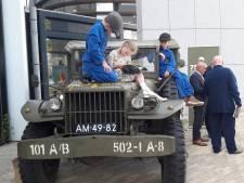 Ene na andere militaire colonne trekt door Meierijstad