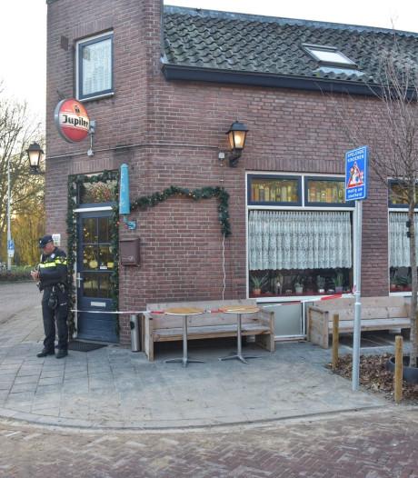 Café-eigenares en bezoekers overmeesteren overvaller buurtcafé na achtervolging in Breda