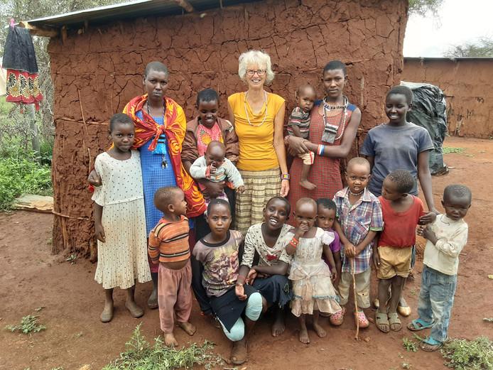 Angela Machiel verruilde eind vorig jaar Zutphen voor Kenia, om daar een school voor kinderen van de Masai te begeleiden.