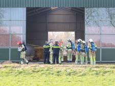 Brand in gloednieuwe koeienstal in Baarn