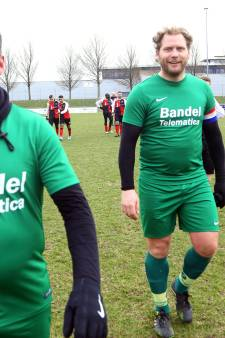 Ricky van den Bergh heeft de Hollandse meezingers paraat
