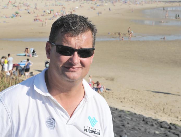 De Vlissingse strandwacht Albert Dijkstra (archief).