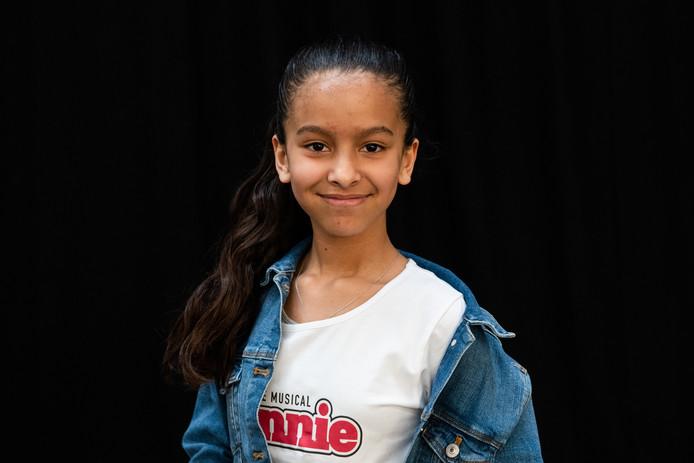 De Rotterdamse Jismerai Kaya (11) krijgt de hoofdrol in Annie de musical.