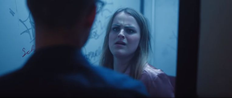 Still uit campagnevideo van Fonds Slachtofferhulp uit 2017. Veel slachtoffers schamen zich nog steeds om over seksueel geweld te praten.  Beeld