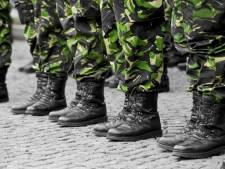 Losse flodders en helikopters: militairen oefenen vandaag in centrum Middelburg