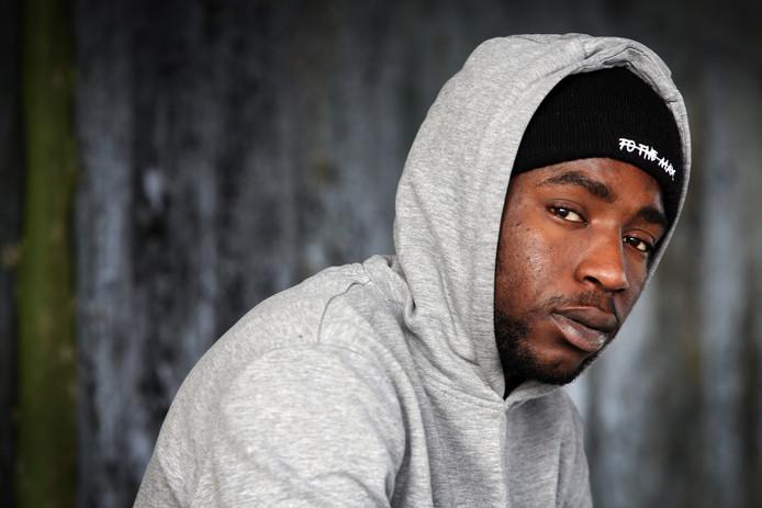 Rapper Prince Mboup uit Oosterhout brengt binnenkort zijn eerste album uit.
