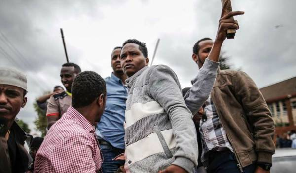 Rellen Zuid-Afrika om immigratie