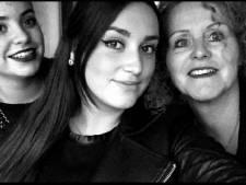 Middelburgse Kezban (21) vecht voor haar leven na schietpartij: 'We praten tegen haar en houden haar hand vast'