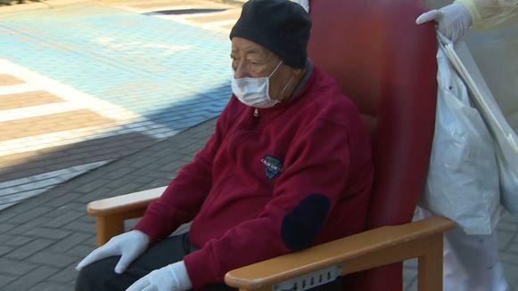 Nasser (95) mocht vandaag het ziekenhuis verlaten