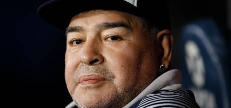 Maradona: 'Sommige ploegen behandelen spelers als slaven'