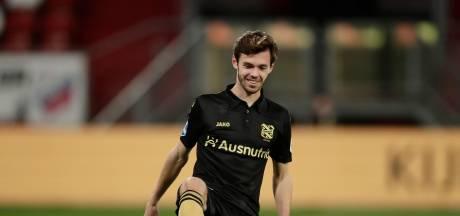 Oss swingt als São Paulo in de eredivisie, Den Bosch boven in eerste divisie