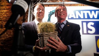 Wissel van de macht bij Vlaams Belang: Sam van Rooy lost Filip Dewinter af als Antwerps fractieleider