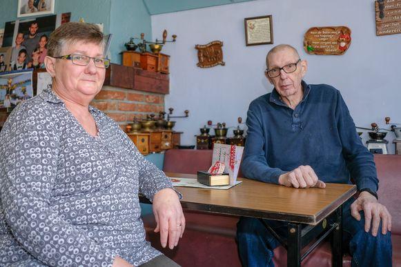 Arlette en Tommy sluiten binnenkort café 't Pleintje in Duisburg.