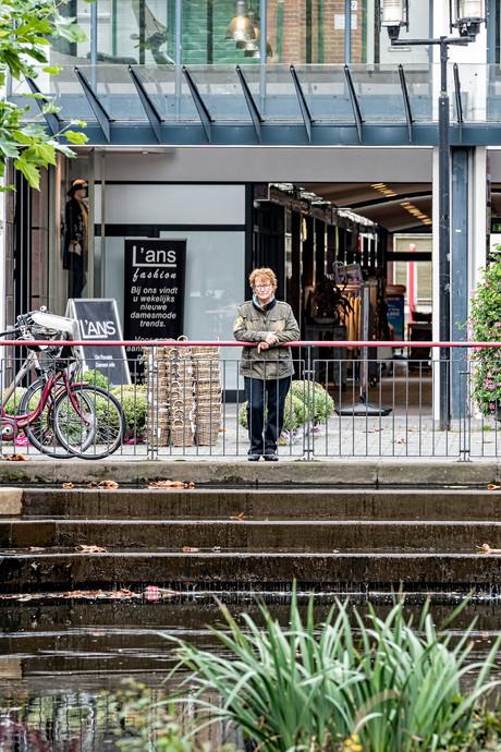 Kooikersgracht in Leusden: vies, groen en stinkend
