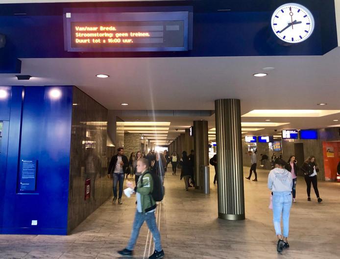 Drukte op station Breda.