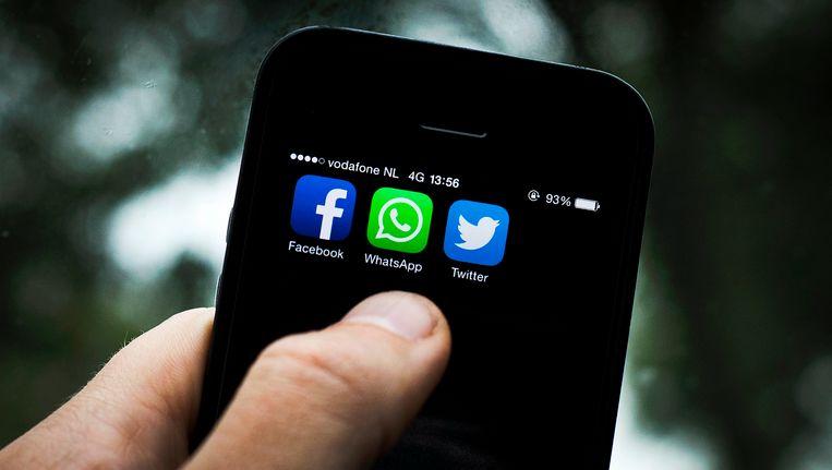 Ruim een kwart van de jongeren houdt zichzelf vooral via social media op de hoogte van het laatste nieuws. Beeld null