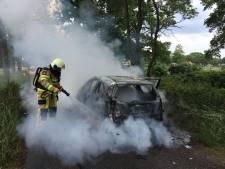 Rally-auto volledig uitgebrand in Gramsbergen