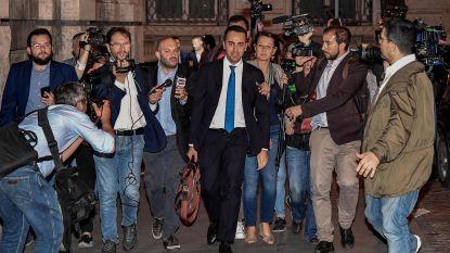 Ongeziene politieke crisis wenkt: Vijfsterrenbeweging wil Italiaanse president afzetten, mogelijk noodregering