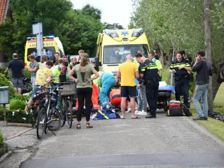 Traumahelikopter opgeroepen voor ongeluk tussen fietser en scooter in Papekop