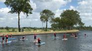 Een leuke vakantie beleven in eigen streek? Suppen op het water bij Plassendale en yoga bij 't Spaans Tolhuis